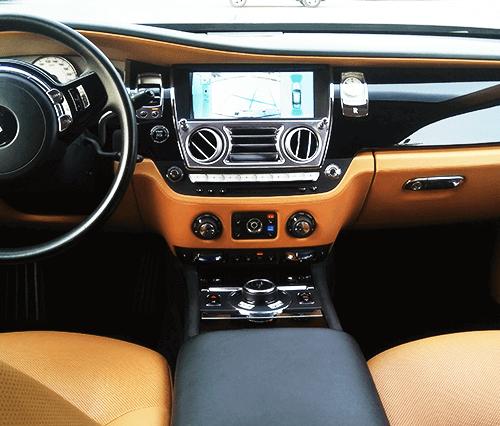 Hire Rolls Royce Ghost in Dubai